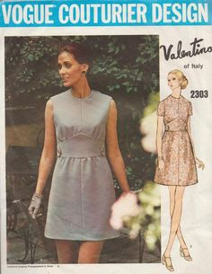 114eb1e2b5b89 This vintage Vogue sewing pattern was designed by Valentino in 1970. It  makes an A