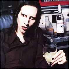 Rare Marilyn Manson   marilyn-manson666.jpg