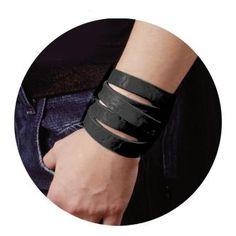 Bracelet en cuir Wildcat »Wrap Big«   Dispo chez EMP   Plus de Bracelets Basic sur notre site en ligne ✓ Prix imbattables !