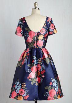 English Garden Getaway Dress   Mod Retro Vintage Dresses   ModCloth.com