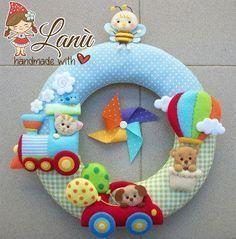 ФЕТРОКЛУБ: фетр и товары для рукоделия, Украина Baby Crafts, Felt Crafts, Fabric Crafts, Diy And Crafts, Baby Kranz, Winnie The Pooh, Felt Name Banner, Felt Wreath, Baby Mobile