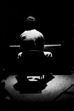 Impressive portrait of Dave Brubeck and his piano.