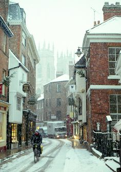 York, England | 17 Actual Towns That Look Just Like Hogsmeade Don't know about Hogsmeade, but someplace I want to visit when we go.