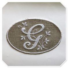 """MONOGRAMME lettre """"G"""" BRODERIE BLANCHE SUR LIN NATUREL : Autres pièces pour créations par marsanna-creations"""