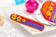 Barrette decorated with polymer clay / Crafts Beautiful, August 2015 Hobbies And Crafts, Arts And Crafts, Paper Crafts, Polymer Clay Creations, Polymer Clay Crafts, Crafts Beautiful, Barrette, Creative Inspiration, Diy