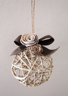 Idea shabby chic per il vostro albero di Natale...