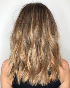 Blonde Balayage Honey, Blonde Highlights On Dark Hair, Bronde Balayage, Brown Hair Balayage, Hair Color Balayage, Balayage Highlights, Color Highlights, Fall Balayage, Chunky Highlights