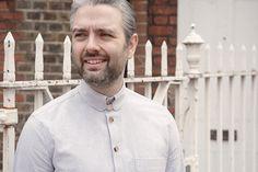 Light-grey cotton-oxford Kelly collar shirt.