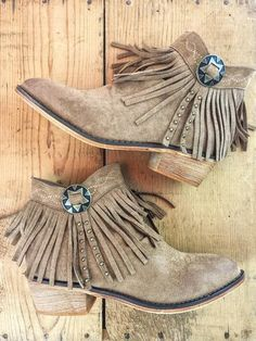 Fabulous fringe!  A little bit western, a lotta bit cute!  Concho Fringe Booties. Copper. Red. Rust. Tan. Brown. Boutique style. Western fashion. therollinj.com