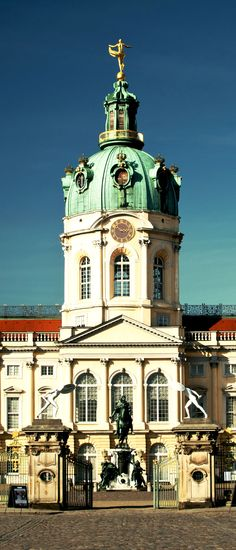 Charlottenburg Palace, Berlin, Germany | Amazing Photography Of Cities and Famous Landmarks From Around The World