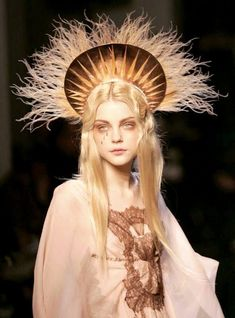 """𝒸𝑜𝓊𝓇𝓉 on """"Jessica Stam at Jean Paul Gaultier Haute Couture Spring"""