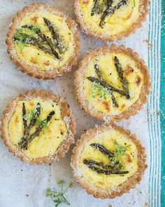 Asparagus & Lemon Ricotta Tartlets via Sweet Paul #SweetPaul