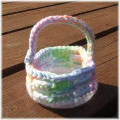 AG Easter Basket-Free Crochet Pattern