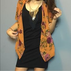 Super cute orange limbo with beautiful flowers Beautiful orange kimono with very pretty flower print all throughout Forever 21 Sweaters Cardigans