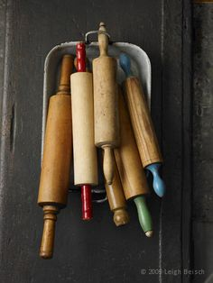 Kitchen utensils vintage rolling pins new ideas Old Kitchen, Kitchen Items, Kitchen Utensils, Kitchen Gadgets, Vintage Kitchen, Kitchen Tools, Kitchen Decor, Kitchen Country, Kitchen Ware