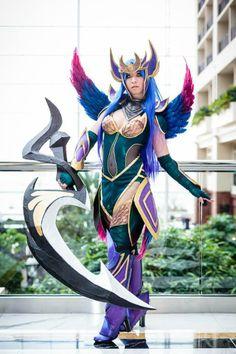 Dark Valkyrie Diana Cosplay League of Legends