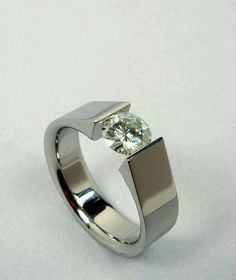 Diamond Rings : Tension set - titanium and moissanite. - Buy Me Diamond Diamond Rings, Diamond Jewelry, Jewelry Rings, Jewelry Accessories, Jewelry Design, Jewellery, Ruby Rings, Wedding Rings Solitaire, Diamond Engagement Rings