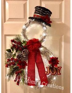 Items similar to LED Lit Snowman Christmas/Holiday Grapevine Wreath - Christmas Wreath - Holiday Wreath - Winter Wreath - Snowman Wreath - Christmas Gift on Etsy Christmas Door, Christmas Snowman, Rustic Christmas, Christmas Holidays, Christmas Ornaments, Snowman Wreath, Christmas Yarn, Make A Christmas Wreath, Grapevine Christmas