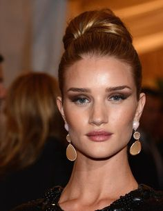 Wedding Hairstyles: Up 'dos: Rosie Huntington-Whiteley went sleek and tight at the Met Gala last year. It's a fail-safe bridal look. Ball Hairstyles, Celebrity Hairstyles, Wedding Hairstyles, Hairdos, Updos, Rosie Huntington Whiteley, Celebrity Look, Celeb Style, Hair Trends