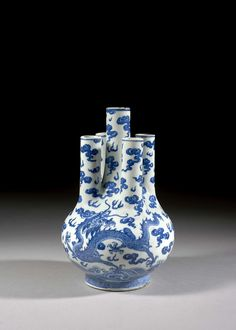 A five-neck blue and white porcelain vase, Chinese Qing dynasty, second half of century. Porcelain Jewelry, Fine Porcelain, Porcelain Ceramics, White Ceramics, Chinese Bowls, Chinese Art, Oriental, Blue And White China, Qing Dynasty