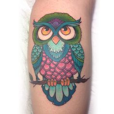 Owl tattoo by Kelly Bunde at Mecca Tattoo #owltattoo #owl_tatttoo