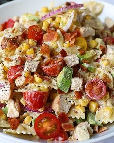 Delicious chicken bacon ranch pasta salad packed with juicy tomatoes, sweet corn, zippy red onion and creamy avocado. This wonderful, easy chicken bacon pasta salad is perfect for customizing and is guaranteed to be a hit all summer long! The best side or main dish for BBQ's, parties and potlucks. Bacon Ranch Pasta Salad, Chicken Bacon Ranch Pasta, Chicken Couscous, Grilled Chicken, 16 Bars, Healthy Peanut Butter, Yum Yum Chicken, Potlucks, Sweet Corn
