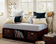 bedrooms with daybed | Decorating a bedroom with a daybed3
