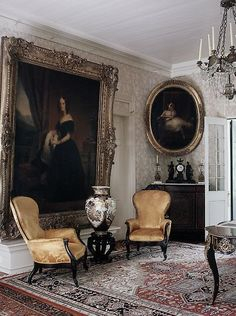 Traditional, love the large art work!