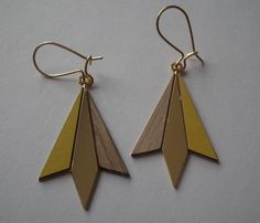 boucles d'oreilles Northern light jaune bois doré de shlomit ofir