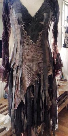 wasteland dress / post apocalyptic inspiration / women's fashion / dark mor… wasteland dress / post apocalyptic inspiration / women's fashion / dark mori / texture / fishnet / woven - My Accessories World Witch Costumes, Fantasy Costumes, Halloween Costumes, Sea Witch Costume, Voodoo Costume, Devil Costume, Witch Dress, Witch Doctor Costume, Witch Cosplay