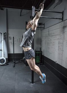 Julie Foucher - CrossFit Games Open 13.4