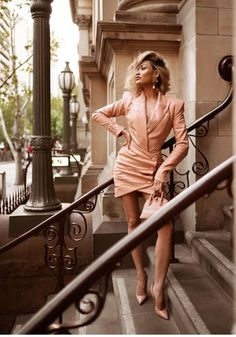Diva Fashion, Womens Fashion, Micah Gianneli, Blonde Beauty, Sexy High Heels, Trendy Outfits, Wrap Dress, Nude, My Style