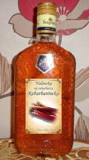 Czary mary gotuje Cezary: Nalewka z rabarbaru Alcohol Recipes, Fruit Recipes, Liquid Luck, Alcoholic Drinks, Beverages, Irish Cream, Spice Things Up, Whiskey Bottle, Food And Drink