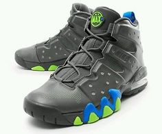 aa912f593c8 NIKE AIR MAX BARKLEY SIZE 8.5 MEN Athletic Shoes