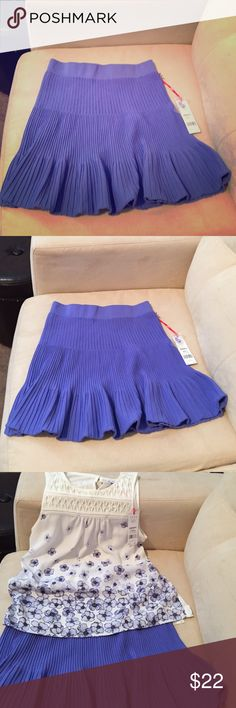 ⚡️20% Off 2+ ⚡️Baja Blue Stretch Skirt Super cute, COMFORTABLE, and soft. Oh, and did I mention it's brand new?! Wear with flip flops or heels? Elle Skirts Midi