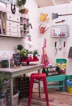 How to make the PERFECT she-shed...a special place to call your own! http://gailcorcoran.realtor #Freeplansforyourownshed
