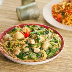 Resep masakan menu buka puasa Ramadhan Instagram Malay Food, Ramadan Recipes, Indonesian Food, What To Cook, Diy Food, Recipies, Spaghetti, Cooking Recipes, What's Cooking
