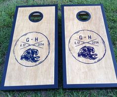There is just about nothing more casual-chic than wedding photos featured well-dressed wedding guests (and a gorgeous bride and groom) playing lawn games in all their finery. Cornhole is a wonderful a