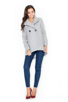 Women's gray coat with an elegant cut