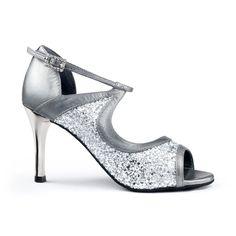 Tango, Latina, Dance Shoes, Glamour, Fashion, Zapatos, Scale Model, Dancing Shoes, Moda