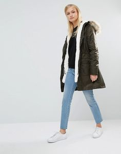 Discover the latest fashion & trends in menswear & womenswear at ASOS. Shop our collection of clothes, accessories, beauty & Latest Fashion Clothes, Latest Fashion Trends, Fashion Online, Asos Online Shopping, Parka, Military Jacket, Bomber Jacket, Berlin, Jackets