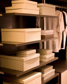 Caixas é o segredo da boa arrumação, são lindas da Joy Paper, versáteis e práticas!