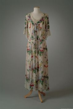 Peggy Hoyt dress ca. 1935 via The Meadow Brook Hall Historic Costume Collection
