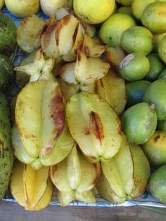 Starapple fruit at open air market, Charlestown, Nevis West Indies, Sprouts, Lime, Fruit, Vegetables, Food, Limes, Essen, Vegetable Recipes