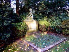 https://flic.kr/p/7hGBQe | Nordfriedhof Düsseldorf