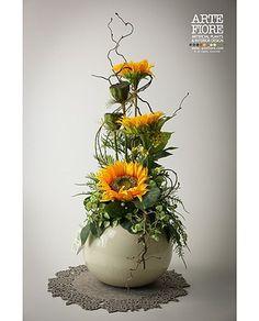 composizioni floreali - Cerca con Google Sunflower Arrangements, Creative Flower Arrangements, Fall Floral Arrangements, Artificial Flower Arrangements, Beautiful Flower Arrangements, Artificial Flowers, Beautiful Flowers, Happy Flowers, Fall Flowers