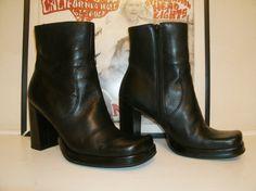 NINE WEST Black Platform // Leather // by kellyshippyhut on Etsy, $48.00