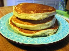 The Virtuous Wife: Fluffy Buttermilk Pancake Tutorial