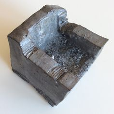 Sofa's Ashtray / Cendrier / Design / Art / Japan Ceramics / Sculpture / Black gray and silver / Texture / by Ice Grey (Tokyo)