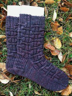 Alda Road Socks by Tricia Welton-Hinkle - free